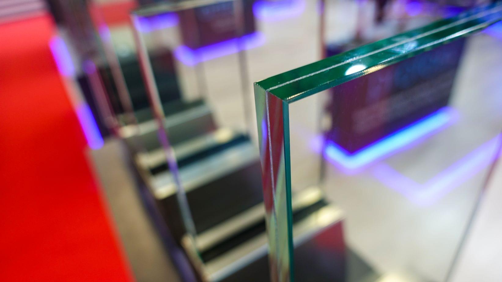 זכוכית בידודית לחלון מבודד עם פרופיל ברזל