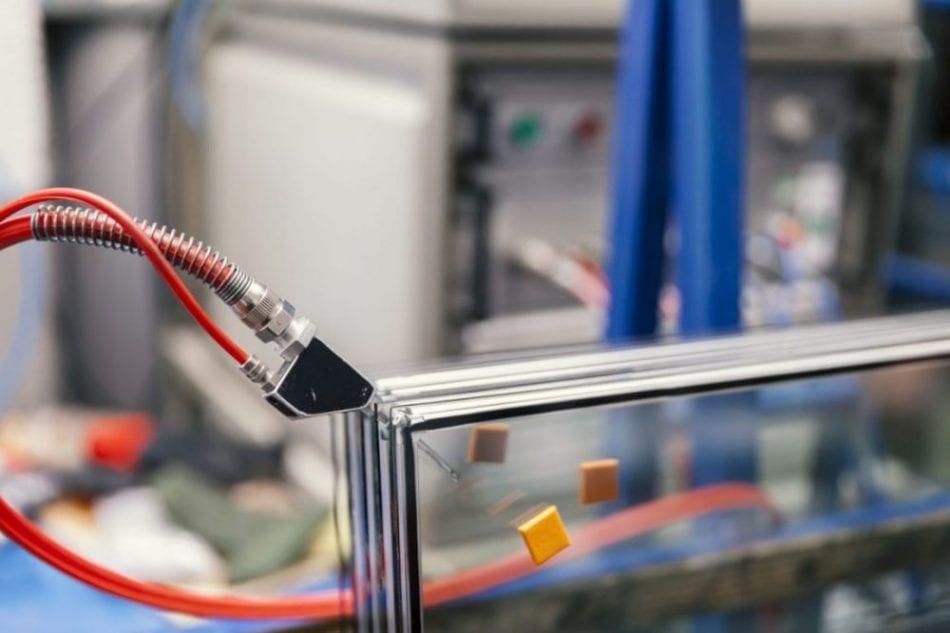 זכוכית בידודית תובל מינימל
