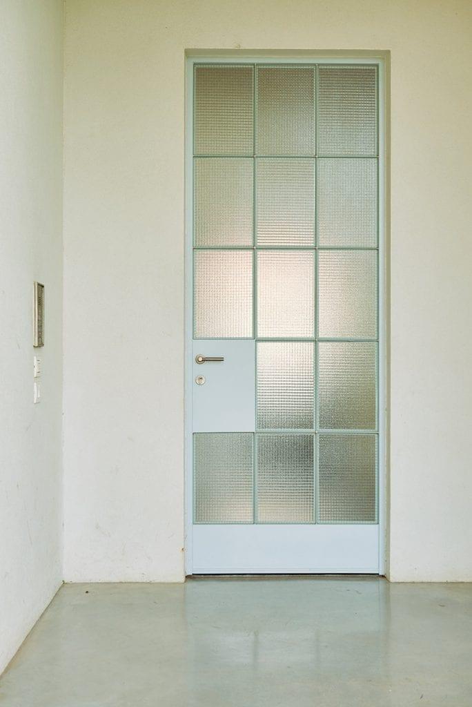 בית באודים דלת
