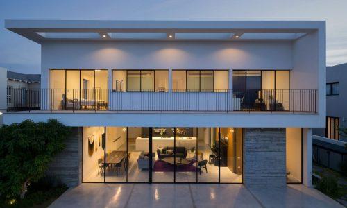 בית בסביון בעיצוב נקי ומודרני