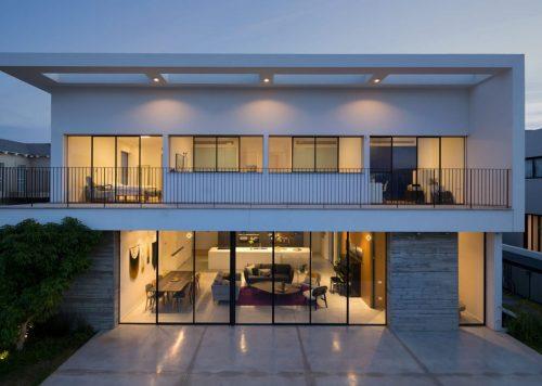 Modern & Clean Design in Savyon