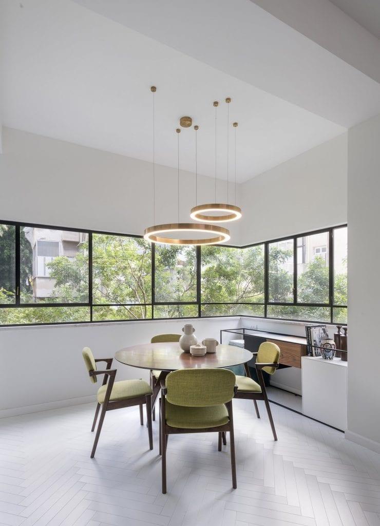 דירה בתל-אביב -פרופיל בלגי שחור, מינימליסטי ונקישחור, מינימליסטי ונקי