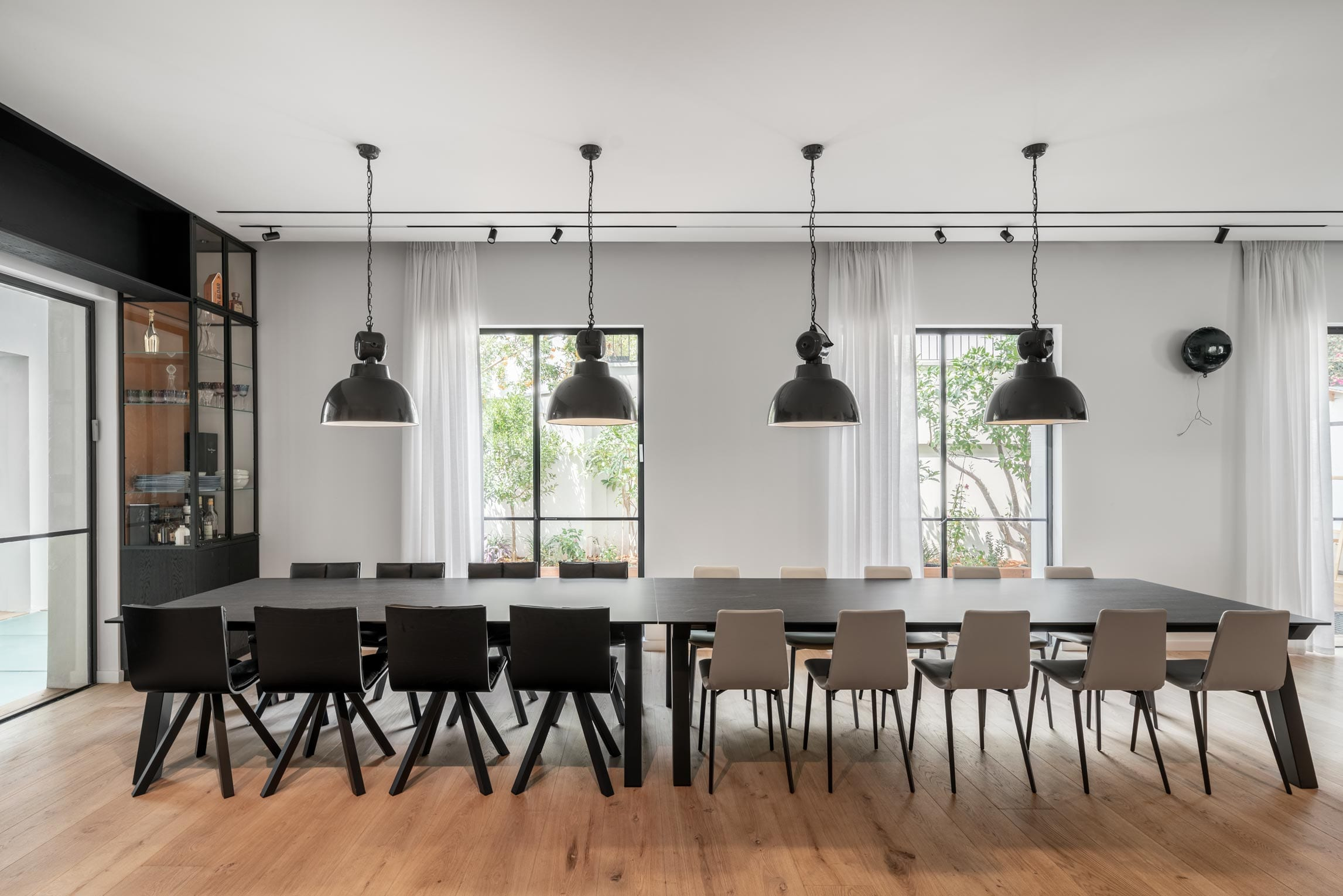Belgian windows, Belgian profile Minimalist iron in black anti-rust with insulating glass for thermal window