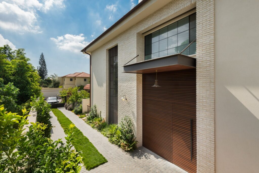 Steel Windows and Doors with acoustic glasses